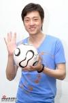 愛看足球的吳軍(2006年76月)